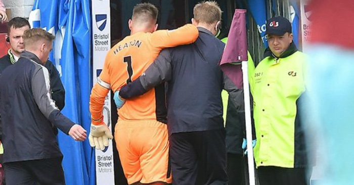 Burnley goalkeeper Tom Heaton 'out formonths'