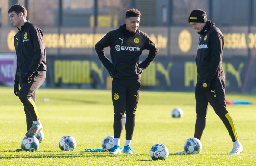 Borussia Dortmund set deadline for Sancho transfer to Man Utd